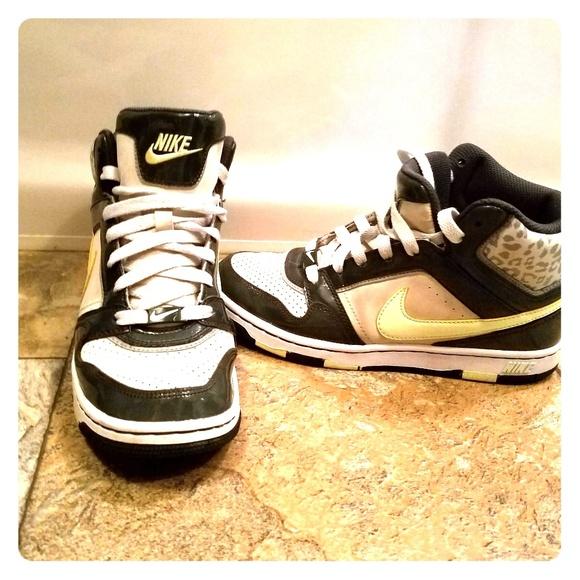 Nike Chaussures  | Hightops | Poshmark